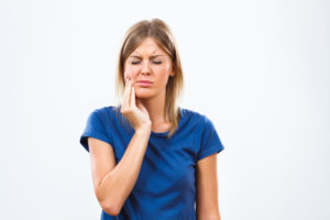 What is considered a dental emergency in Tomball?